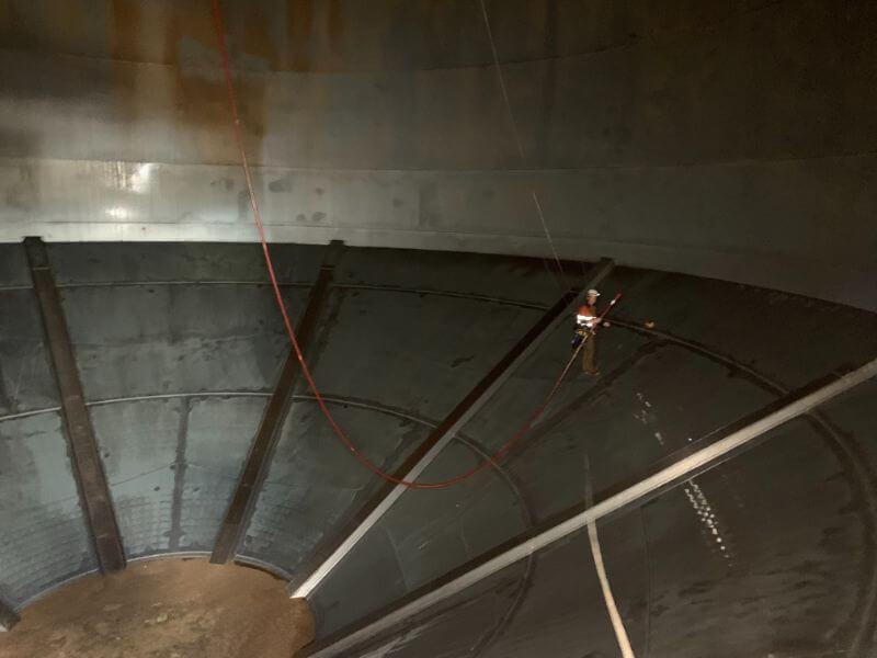 Grain silo conversion to handle storage of cement 1