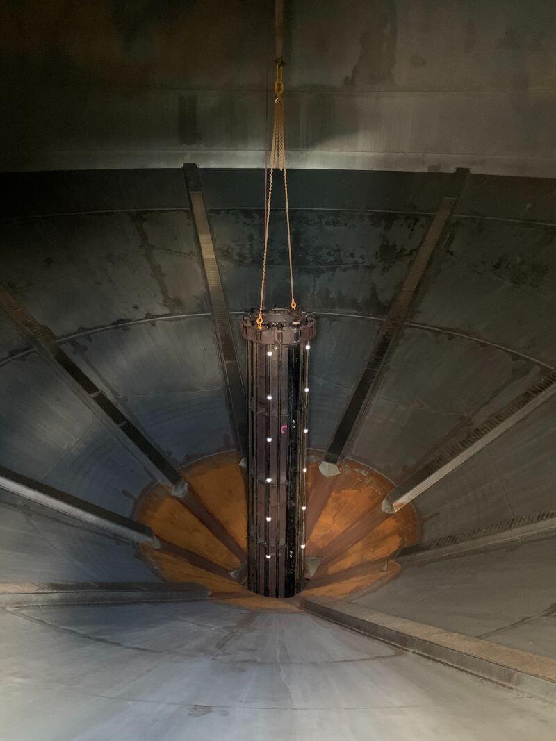Grain silo conversion to handle storage of cement 2